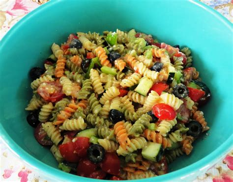 the big food basket very easy and quick pasta salad