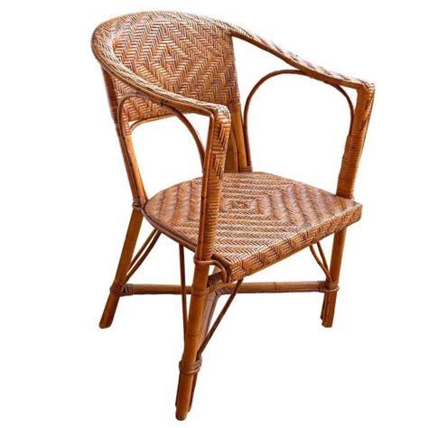 comment capitonner une chaise comment réparer une chaise en osier 6 é