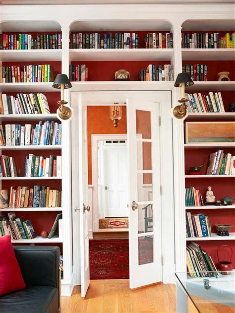 Arranging Bookcases by Tips For Arranging Organizing Bookshelves Custom