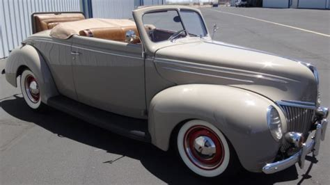 seller  classic cars  ford  ford deluxe