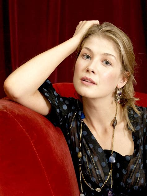 Rosamund Pike Pictures Gallery 6 Film Actresses