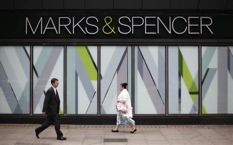 Marks And Spencer Criticised For Cutting Pay Of 10% Shop