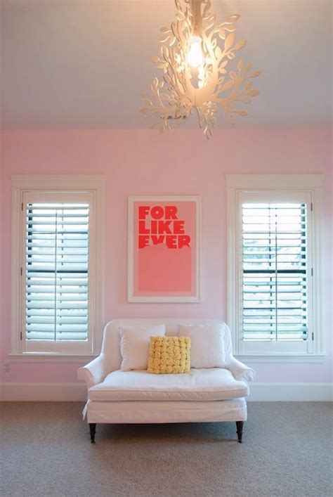 bedroom with pink walls kara shurtliff sweet pink girl s room with pale pink 14476 | 9313d598a4722429e633d4f22437842c