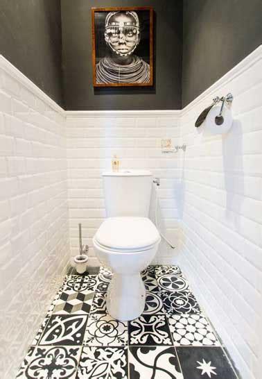 comment repeindre sa cuisine déco wc noir et blanc et carrelage sol motifs patchwork