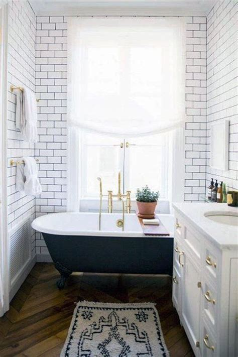 Vintage Bathrooms Designs by 25 Best Ideas About Small Vintage Bathroom On