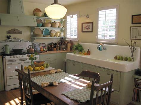 farm kitchen  grew