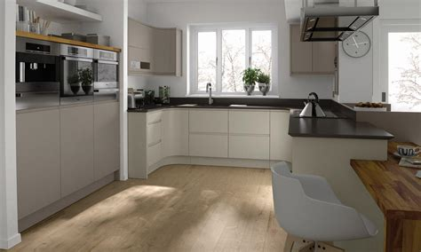 Remo Painted - Bespoke Fitted Kitchens Wigan, Lancashire