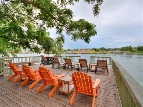 Lake Lbj Boat Rentals by Waterfront Lake Lbj Retreat Sleeps 18 Ski Boat Rental On