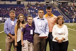 Peyton Manning and 2011 PeyBack Foundation Scholarship ...