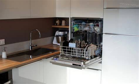 cuisine lave vaisselle en hauteur réalisations cuisine 16 créatif indépendant cuisiniste à angoulême
