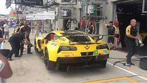 24h Le Mans 2017 : 24h le mans 2017 hd video ferrari vs corvette pit stop battle youtube ~ Medecine-chirurgie-esthetiques.com Avis de Voitures