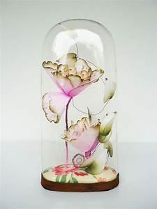 Globe En Verre : globe en verre 10 id es pour une d co sous cloche globe en verre hirondelle et cloche ~ Teatrodelosmanantiales.com Idées de Décoration