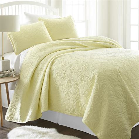 Yellow Quilted Coverlet becky cameron damask yellow king performance quilted