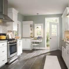 Aristokraft Oak Kitchen Cabinets by 1000 Images About Kitchen Floor Ideas On Pinterest Tile
