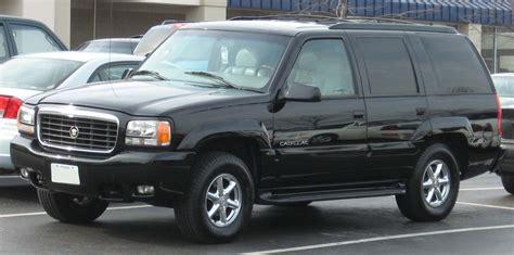 2000 Cadillac Escalade Base - 4dr SUV 5.7L V8 4x4 auto