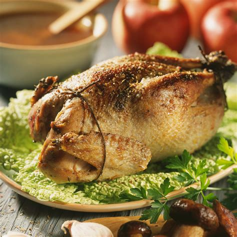 faisan cuisine faisan farci aux cèpes recette sur cuisine actuelle