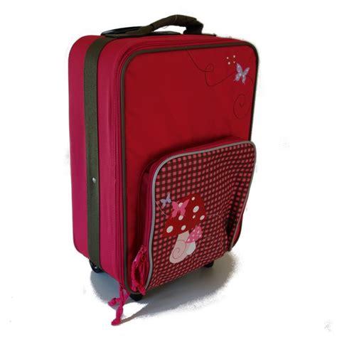 valise pour enfant comment choisir et comparatif voyages et enfants
