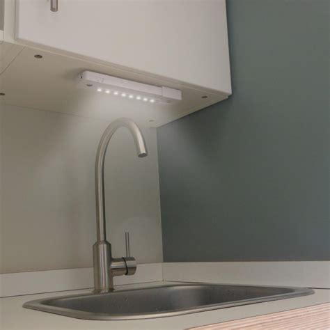 led under cabinet lighting amazon rite lite lpl1014wrc led under cabinet light white