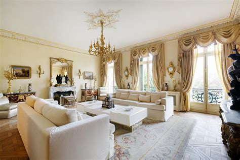 Victorian Style Living Room For Something Good And Elegant