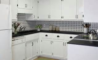 backsplash for black and white kitchen black and white backsplash tile photos backsplash kitchen backsplash products ideas