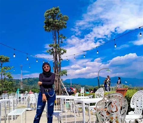 Minggu legi atau ahad manis ini menjadi salah satu neptu yang banyak dicari informasinya. Taman Fathan Hambalang Bogor - Review Harga Tiket & Lokasi