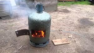 Fabriquer Un Barbecue Avec Un Bidon : poele a bois de camp youtube ~ Dallasstarsshop.com Idées de Décoration
