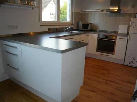 Weiße Küche Mit Brauner Arbeitsplatte  Die Neuesten