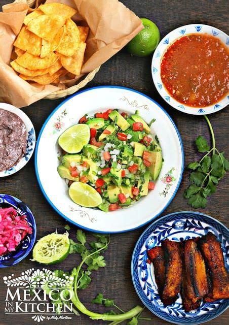 Chunky Guacamole Recipe  Mexico In My Kitchen