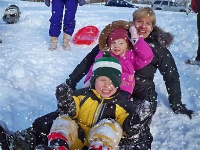 Mom Daughter Susan Ties Snow Nephew Perry