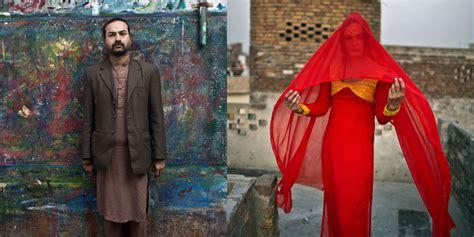 cross dressing men  pakistan muhammed muheisen double