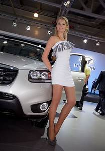 17 best images about hotesses salon auto moto on pinterest With robes d hotesse