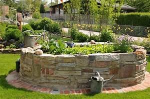 Natursteine Für Innenwände : hochbeet aus stein gemauert interessante ideen f r die gestaltung von gartenm beln ~ Sanjose-hotels-ca.com Haus und Dekorationen