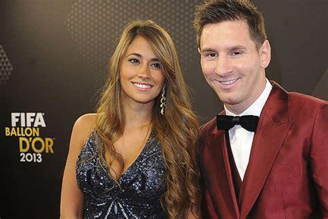 Esposa de Lionel Messi fue hospitalizada en Argentina ...