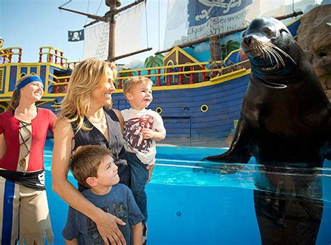 Sheryl Crow Spotted With a Sea Lion - E! Online
