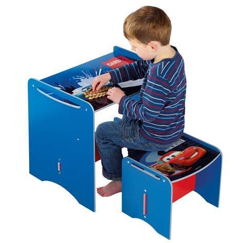 bureau enfant cars bureau enfant et tabouret cars comparer avec touslesprix com