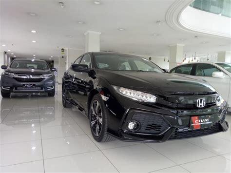 Harga Resmi Honda Civic Hatchback Jakarta - MobilBekas.com