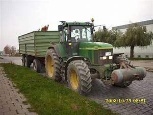 Traktor Mit Hänger : john deere traktor mit h nger am im ~ Jslefanu.com Haus und Dekorationen