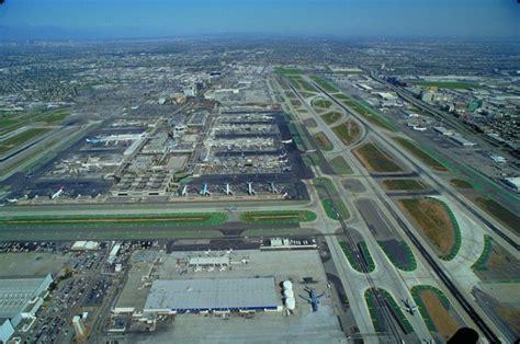 Los Angeles International Airport (LAX) | AECOM