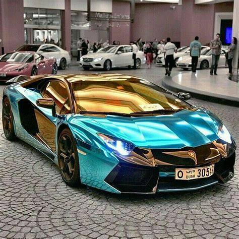 Soulmate24.com Amazing Gold & Blue Lamborghini.