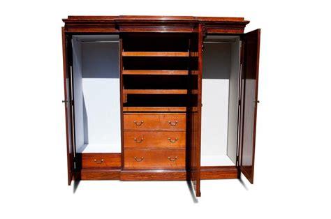 Fine Quality Victorian Mahogany Breakfront Wardrobe At 1stdibs