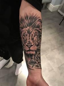 Tattoo Avant Bras : tattoo lion avant bras homme lion pinterest tattoo ~ Melissatoandfro.com Idées de Décoration