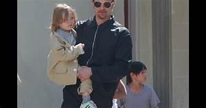 Brad Pitt avec Knox et Pax à la Nouvelle