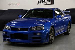 Buying a Nissan Skyline R34 GT-R - Ultimate Guide - Garage ...