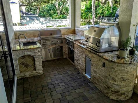 outdoor kitchen with grill pizza oven creative outdoor