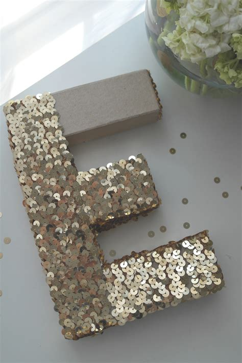 learn     easy sequin monogram letter catch  party