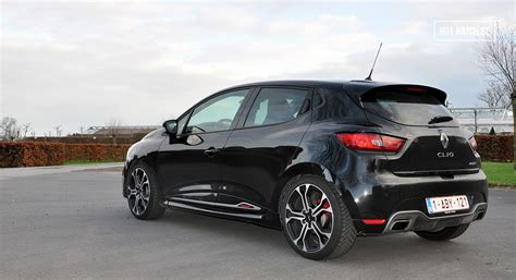 Renault Clio RS Trophy 220 | Hot Hatch