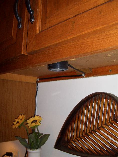 how to hide under cabinet lighting wires under cabinet lighting wiring undercabinet