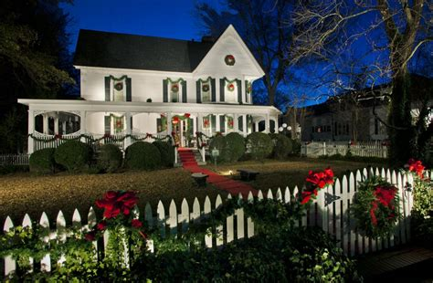 Exterior Decoration by 12 Window Decorations For Every Home