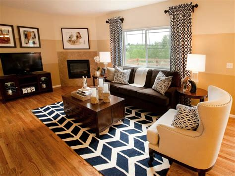 Search Viewer  Hgtv. Staged Living Rooms. Living Room Light Shades. Contemporary Living Room Design Ideas. Ideas For Wall Art In Living Room. Window Treatment Ideas For Large Living Room Window. The Living Room Furniture Store Glasgow. The Dump Living Room Sets. Accent Wall Pictures Living Room