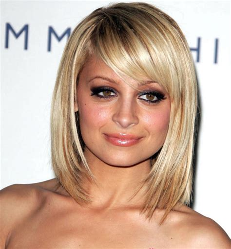 11 best hairstyles for a round face and thin hair ready